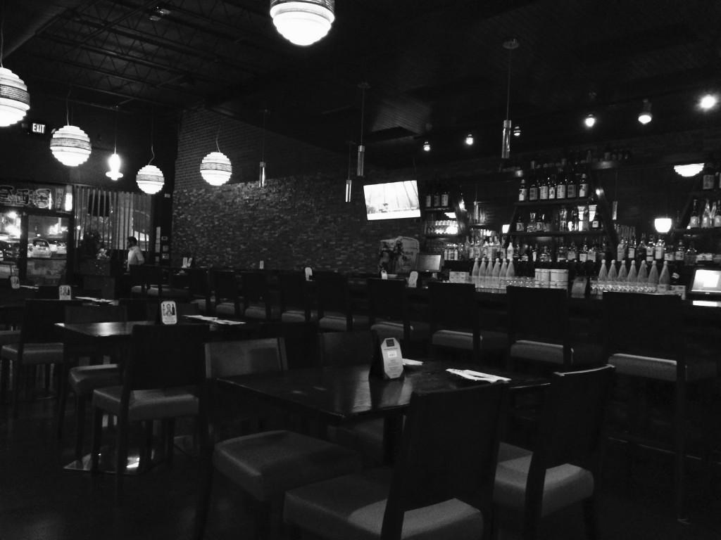 quán bar bên đường